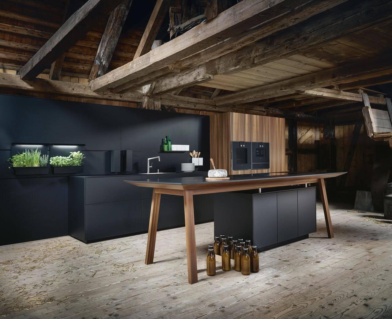 Next 125 kuchynská linka NX 870 Fenix Onyx čierna matná, kartáčovaný smrek
